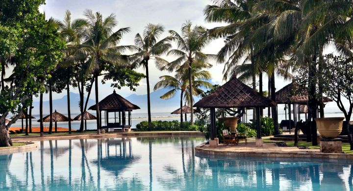 conrad-nusa-dua-beach-pool