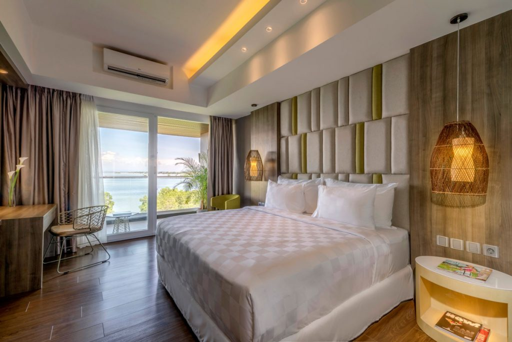 Deluxe-Ocean-View-Rooms---King
