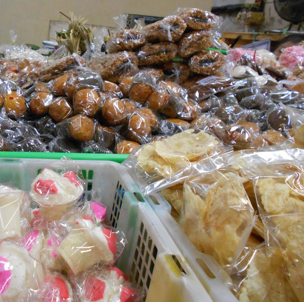 Theme---Traditional-Food---Denpasar-Traditional-Market-(1)