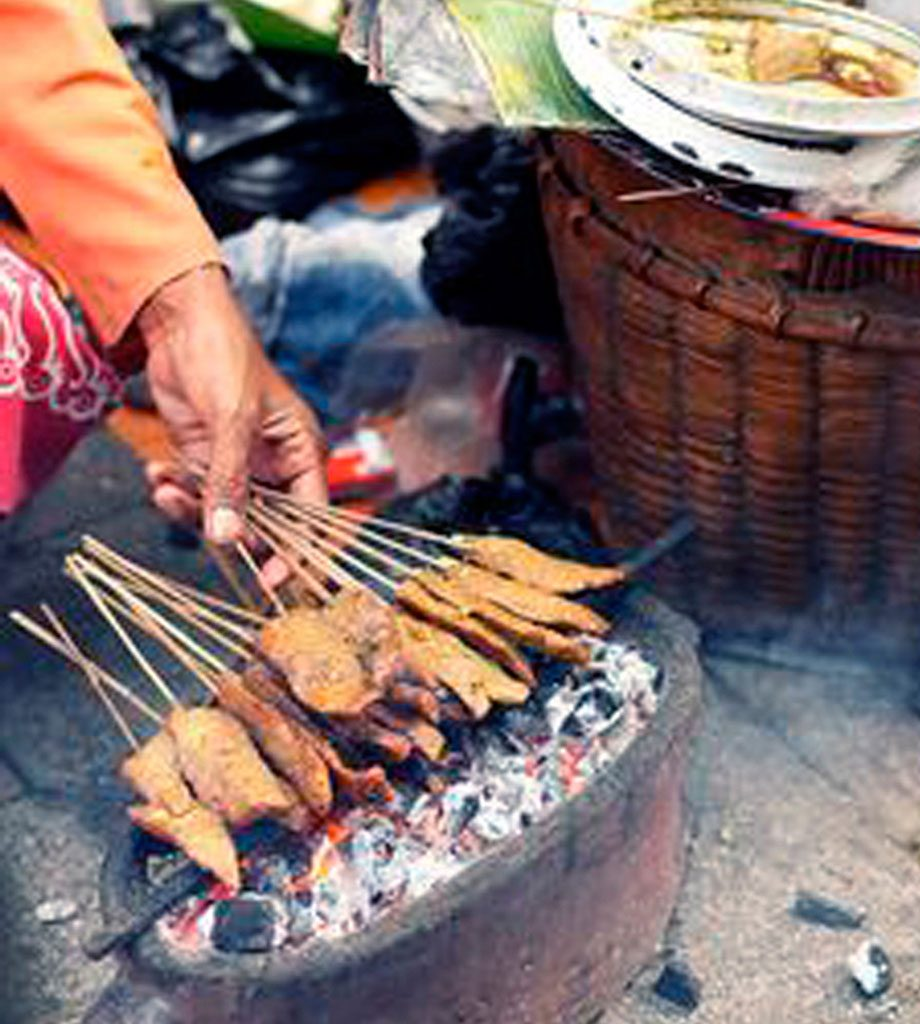 Theme---Traditional-Food---Denpasar-Traditional-Market----Sate-lilit