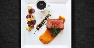 DS---The-Deli-@-Pullman's-Roast-Striploin-on-the-Spotlight