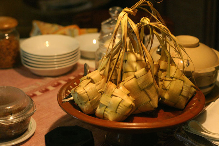 Photo : Ketupat (source: www.wikimedia.org)