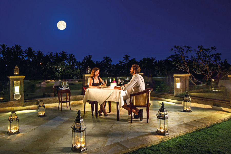 Theme - WTG - Ubud - cascades-fullmoon-romantic-dinner