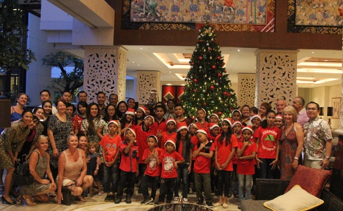 Christmas in Bali Trans Resort