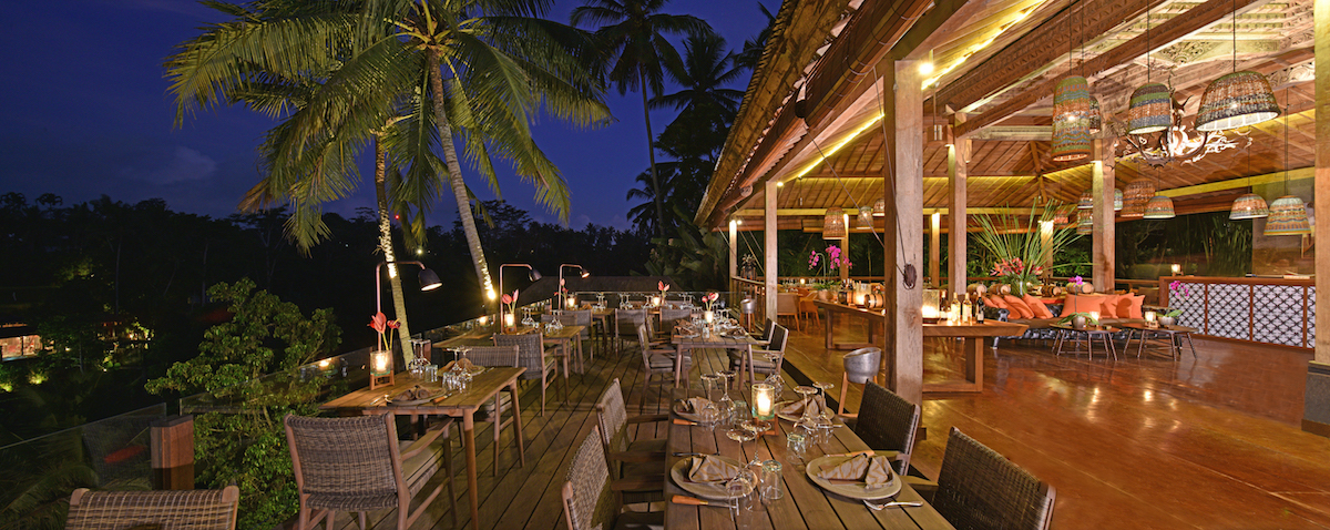 Jungle FIsh Restaurant Ubud Night