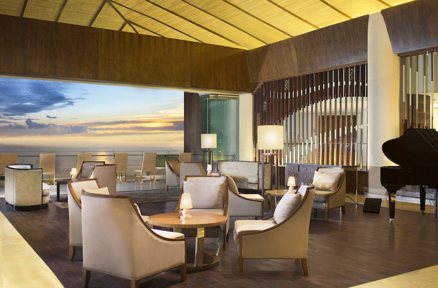 Sheraton Bali Kuta Resort The Lounge