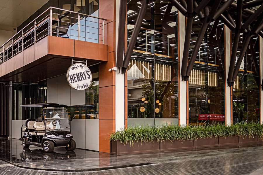 Henry's Grill & Bar Launches Brand New Menu 11