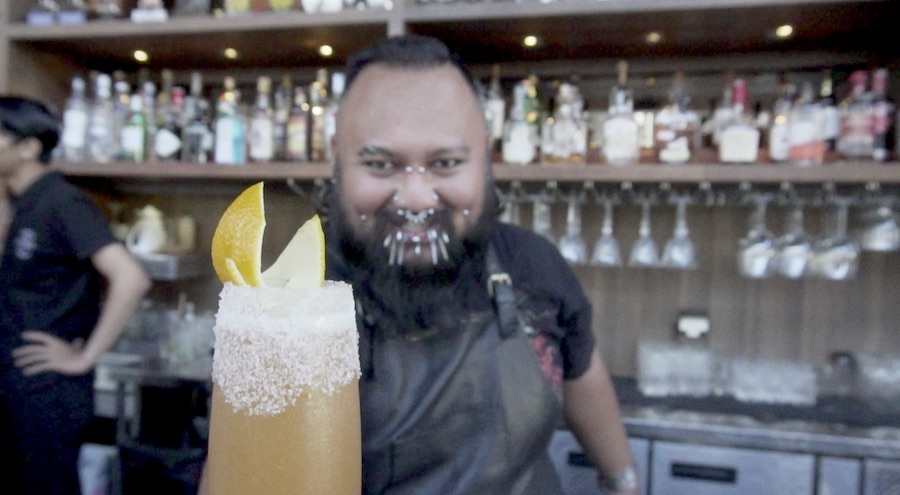 Yudhistira Racik Behind the Bar - Mixologist Flair