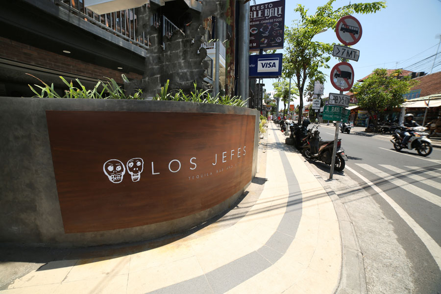 Los Jefes Tequila Bar and Kitchen