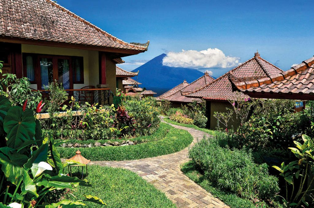 Strawberry Hill Hotel Bedugul Bali