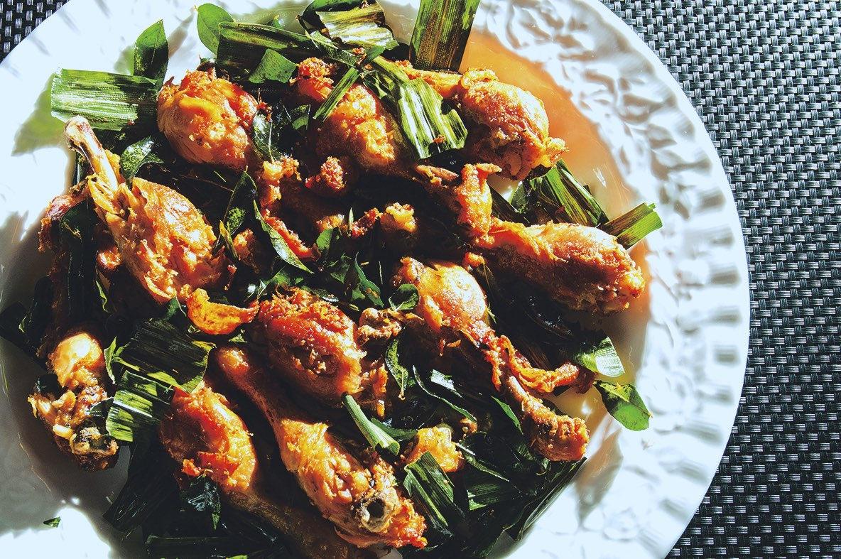 Recipe for Twice-Cooked Chicken Drumstick with Pandan and Curry Leaves