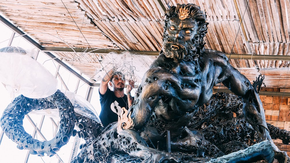 Marmar Herayukti adding finishing details to 'Waruna' Image courtesy of Wishingwell