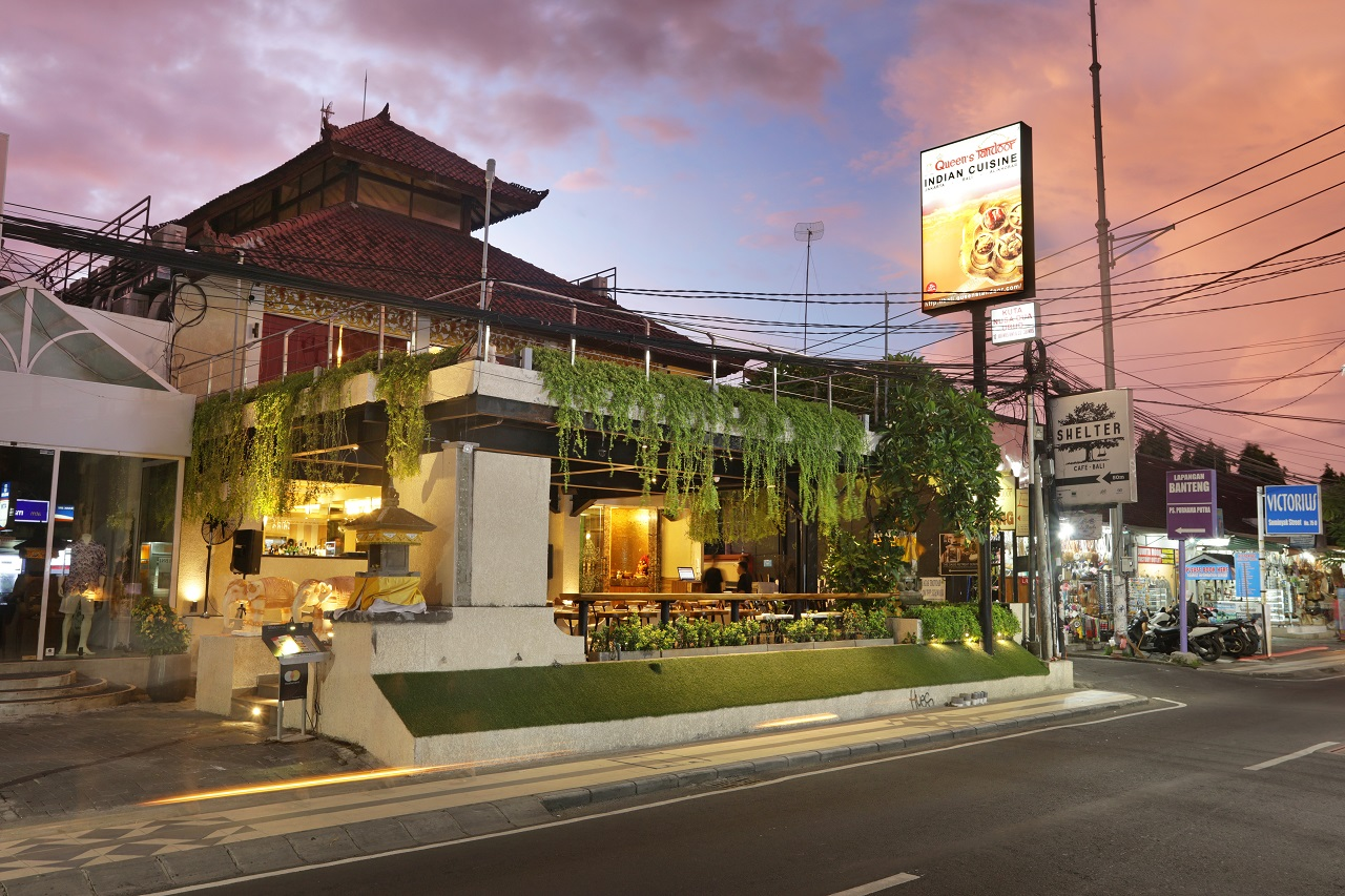 Christmas in India: A Special Christmas Dinner at Queen's Tandoor Bali